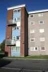 2 bedroom Apartment in Hatcliffe House...