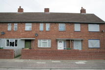 3 bed End of Terrace home to rent in Cabourne Road, Scartho...