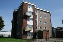 Maisonette to rent in Alden Close, Immingham...