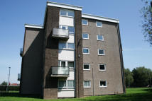 Apartment to rent in Park Close, Immingham...