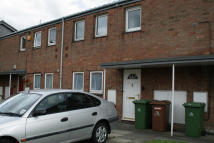 2 bedroom Ground Flat in Tallert Way, Grimsby...