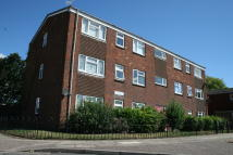 Apartment to rent in Alder View, Grimsby, DN33