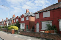 3 bed semi detached home to rent in Second Avenue, Grimsby...