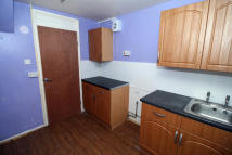 3 bed End of Terrace house in Hadleigh Road, Immingham...