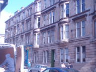 Flat to rent in Park Road, Glasgow, G4