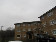 Flat to rent in Dukes Court, Cambuslang...