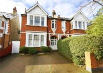 7 bedroom Detached house in Twyford Avenue, Acton