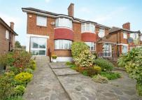 5 bed semi detached home in Perryn Road, Acton
