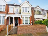 Flat to rent in Cumberland Road, Acton