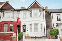 4 bed semi detached home in Faraday Road, London