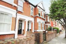 Apartment to rent in Grafton Road, Acton