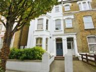 Flat to rent in Alfred Road, Acton