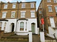 2 bed Flat in York Road, Acton