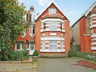 6 bedroom semi detached house in Twyford Avenue, Acton