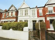 5 bedroom Terraced home in Maldon Road, Acton
