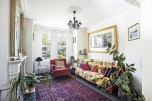 3 bedroom Terraced house in Midland Terrace, Acton