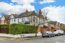 Buxton Gardens Flat to rent