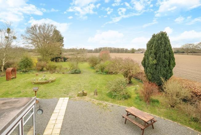 Gardens with rural aspects beyond