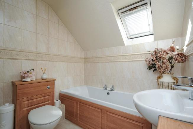Ensuite Shower and Bathroom to master bedroom