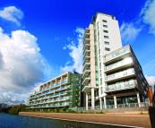 Apartment in Silver Wharf, London, E14