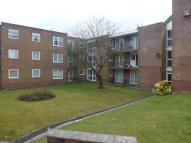 Ground Flat to rent in Hill View Court, Bolton...