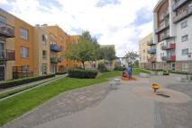 2 bedroom Flat in Holly Court...