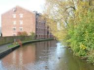 Flat in Towpath House.Riddlesden