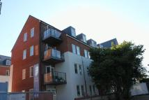 Flat to rent in John Rennie Road...