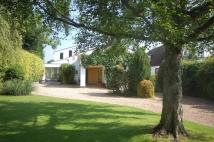 4 bedroom Detached house for sale in Temple Gardens, Staines...
