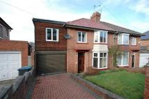 5 bed semi detached house in The Briary...