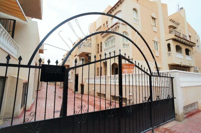 Complex entrance