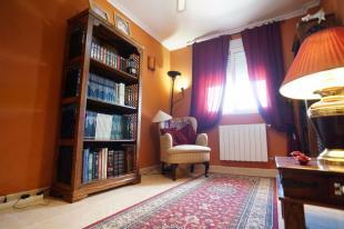 Bedroom 3/Library