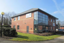 property to rent in Villiers Court,