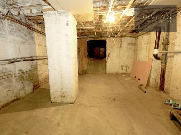 WOOLWICH-basement2.j