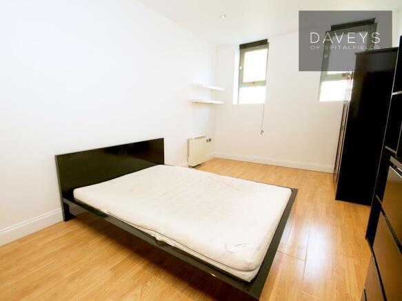 AGALLERY-bed2.jpg