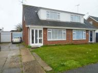 3 bedroom semi detached property to rent in Warwick Gardens, Rayleigh