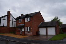 Detached house in Harvington Drive...