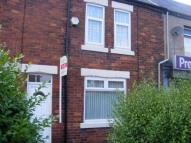 2 bed semi detached house to rent in Station Road, Camperdown