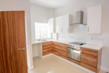 2 bedroom Bungalow to rent in Chiltern Drive, Hastings...