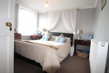 2 bed Flat in MAIN ROAD, Westfield...