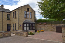 Town House for sale in St Peters Court, Horbury...