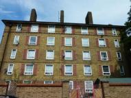 2 bedroom Flat to rent in Wades Place, Poplar...