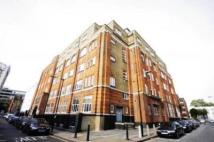71 Henriques Street Flat to rent