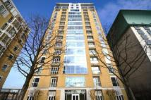 Westferry Circus Flat to rent