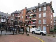 2 bed Flat in Shadwell Gardens...