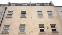 2 bed Flat to rent in Commercial Road, Aldgate...
