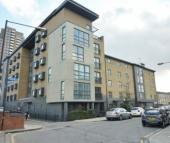 Flat to rent in Capulet Square, Bow...