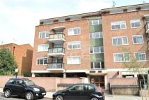 Flat to rent in Sheridan Court...
