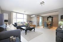 Boydell Court Flat to rent