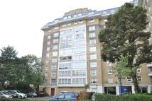 3 bed Flat to rent in Boydell Court...
